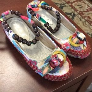 Xiruyi Shoes - Very cute and colorful shoes size 35